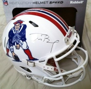 Tom Brady Hand Signed Official Game Issue Throwback Speed Model New England Patriots Helmet