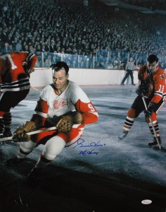"Gordie Howe Hand Signed ""Mr Hockey"" 16x20 Masterpiece"