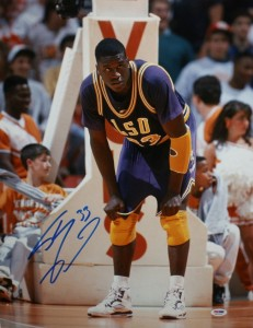 Shaquille O'Neil Hand Signed LSU 16x20 Masterpiece